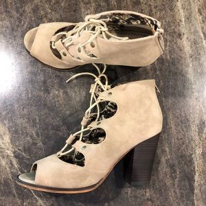 Restricted lace up peep toe heels. 9